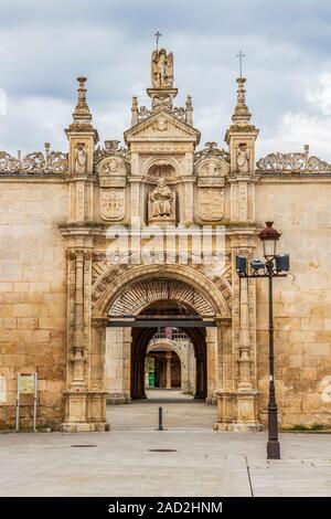 Romeros Gate, 16th century, entrance to the Hospital del Rey, University of Burgos, a public university in Burgos, Province of Burgos, Castilla y Leon - Stock Photo