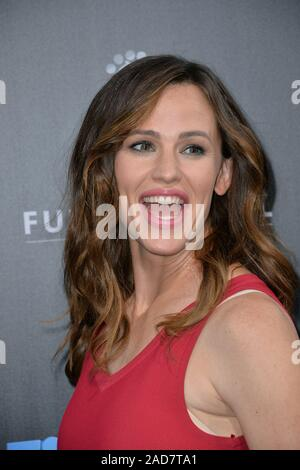 LOS ANGELES, CA. August 1, 2016: Actress Jennifer Garner at the world premiere of 'Nine Lives' at the TCL Chinese Theatre, Hollywood. © 2016 Paul Smith / Featureflash - Stock Photo