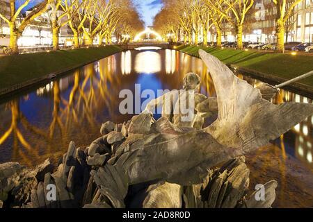 Triton fountain at Koenigsallee in the evening, Duesseldorf, North Rhine-Westphalia, Germany, Europe