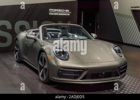 LOS ANGELES, CA/USA - NOVEMBER 20, 2019: A Porsche 911 Carrera 4S car at the Los Angeles Auto Show. - Stock Photo