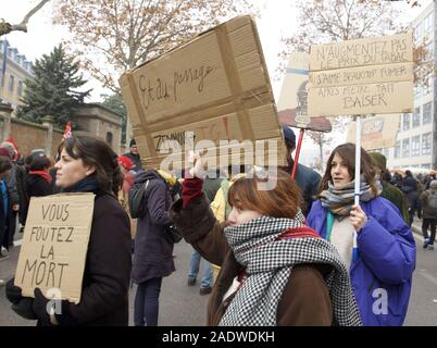Lyon, France. 5th Dec, 2019. Workers, students, and pensioners march in Lyon, France to protest the Macron government's proposals to reform the French pension system.Photo by James Colburn Credit: James Colburn/ZUMA Wire/Alamy Live News - Stock Photo