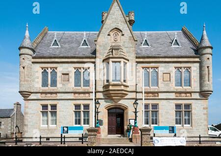 Lerwick Town Hall was the home of Lerwick Town Council until 1975 & now the Shetland Islands Council. - Stock Photo
