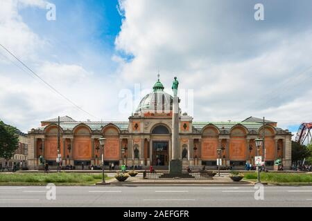 Ny Carlsberg Glyptotek Copenhagen, view of the entrance to the Ny Carlsberg Glyptotek art museum in central Copenhagen, Denmark. - Stock Photo