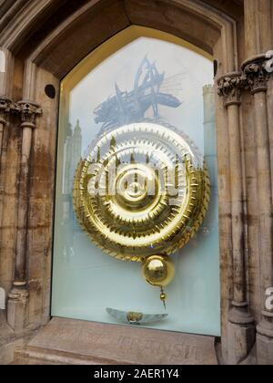 Corpus Christi Grasshopper Clock, Kings Parade, Cambridge UK