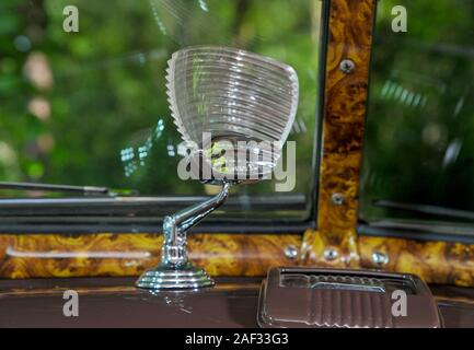 Traffic light viewer in a 1947 Chevy Business Coupe with heavy patina - Stock Photo