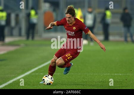 Nicolo Zaniolo (Roma) in action during the Europa League match between AS Roma and Wolfsberg AC at Stadio Olimpico on December 23, 2019 in Rome, Italy. Roma draw by 2-2 with Wolfsberg AC (Photo by Giuseppe Fama/Pacific Press) - Stock Photo