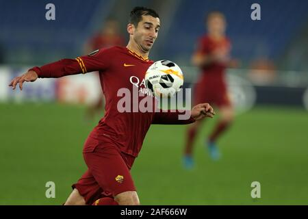 Henrikh Mkhitaryan (Roma) in action during the Europa League match between AS Roma and Wolfsberg AC at Stadio Olimpico on December 23, 2019 in Rome, Italy. Roma draw by 2-2 with Wolfsberg AC (Photo by Giuseppe Fama/Pacific Press) - Stock Photo