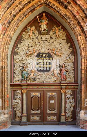 Westportal der Nikolaikirche, Altstadt,   Hansestadt Stralsund, Unesco Weltkulturerbe, Mecklenburg Vorpommern, Deutschland, Europa, oeffentlicherGrund - Stock Photo