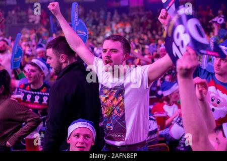 London, UK. 16th Dec, 2019. London, 16-12-2019, dartfan during the William Hill, World Championship Darts, PDC. Credit: Pro Shots/Alamy Live News - Stock Photo