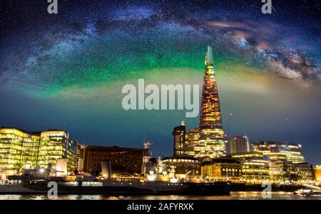 August 17, 2019 – London, United Kingdom. The Shard is probably the most iconic landmark in London, standing tall above all other skyscrapers and with - Stock Photo