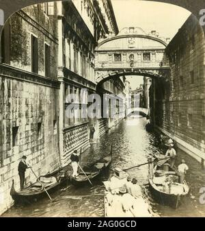 'Bridge of Sighs. - between a palace and a prison, (North), Venice, Italy', c1909. Bridge of Sighs over the Rio di Palazzo connects the Prigioni Nuove to the Doge's Palace was designed by Antonio Contino and was built in 1600. To be viewed on a Sun Sculpture stereoscope made by Underwood & Underwood. [The Rose Stereograph Company, Melbourne, Sydney, Wellington & London, c1909] - Stock Photo