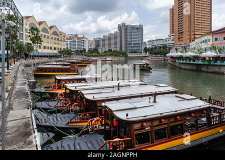 Tourist boats on the River Singapore at, Clarke Quay, Singapore - Stock Photo