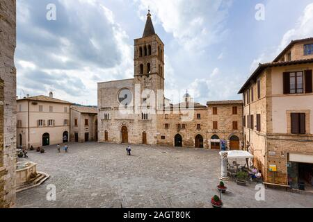 Bevagna (Italy) - Piazza Silvestri, san Michele church - Stock Photo