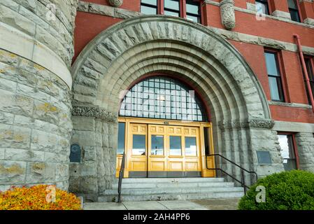Port Townsend, Washington - April 27, 2014: The Main Entrance to the Jefferson County Courthouse - Stock Photo