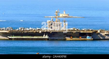 USS Dwight D. Eisenhower CVN-69, Being refuelled, Lisbon, Portugal - Stock Photo