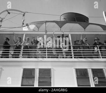 Passengers on the SS North America, 1942 - Stock Photo