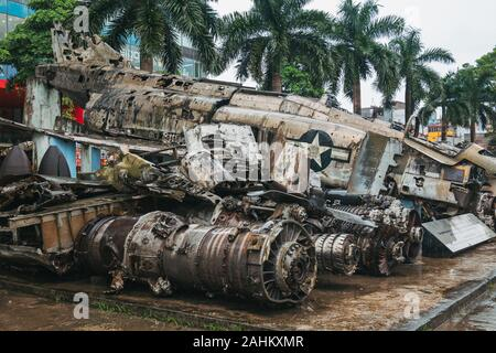 Wreckage of a McDonnell Douglas F-4 Phantom II B fighter-bomber that was shot down during the Vietnam War, on display at the Hanoi Air Museum - Stock Photo