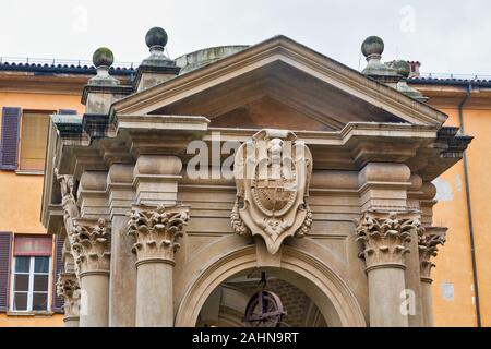 Council Hall courtyard with a Wishing Well or Pozzo dei desideri in Bologna, Italy. - Stock Photo