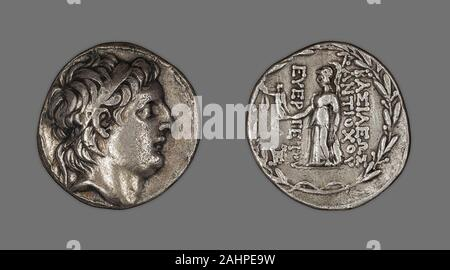 Ancient Greek. Tetradrachm (Coin) Portraying King Antiochus VII Euergetes Sidetes. 138 BC–129 BC. Ancient Near East. Silver Coinage of Hellenistic RulersThe Hellenistic period spans the nearly three hundred years between the death of Alexander the Great of Macedonia (323 B.C.) and that of Cleopatra VII of Egypt (30 B.C.), a descendant of one of Alexander's generals. The term Hellenistic is derived from Hellas, an ancient Greek word for Greece. It is used to describe both chronologically and culturally the era following Alexander's conquest of Egypt and Asia, which resulted in the spread of Gre - Stock Photo