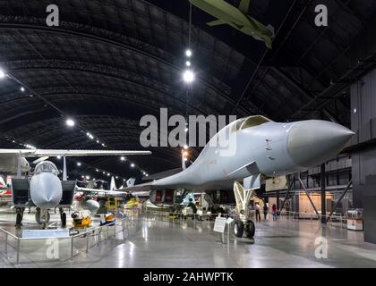 Cold War aircraft with a Boeing B-1B Lancer sweep-wing bomber to the right and a McDonnell Douglas F-15A Eagle to the right , National Museum of the United States Air Force (formerly the United States Air Force Museum), Dayton, Ohio, USA. - Stock Photo