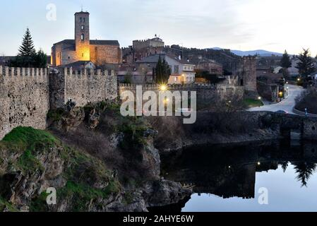 Walls and church of Santa Maria del Castillo in Buitrago del Lozoya, Madrid, Spain. - Stock Photo