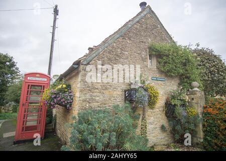 Upper Slaughter village Gloucestershire The Cotswolds, England, UK. - Stock Photo