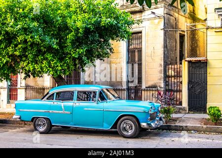 Old American car in the streets of Old Havana, Republic of Cuba, Caribbean, Central America.