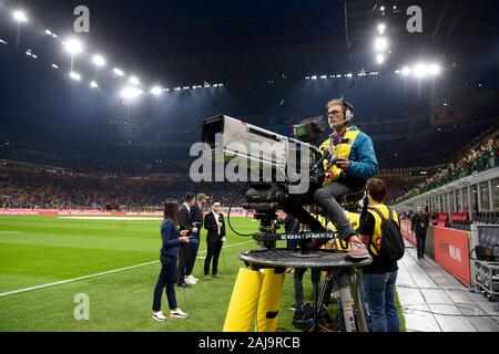 Milan, Italy. 21 September, 2019: A tv camera in action prior to the Serie A football match between AC Milan and FC Internazionale. FC Internazionale won 2-0 over AC Milan. Credit: Nicolò Campo/Alamy Live News - Stock Photo