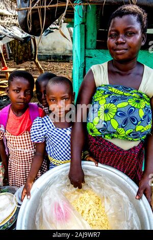 Young villagers near agboville, ivory coast - Stock Photo