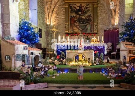 December 2019, Gréoux-les-Bains, Alpes-de-Haute-Provence, Provence-Alpes-Côte d'Azur, France. Provencal village, French commune. Church before Christm - Stock Photo