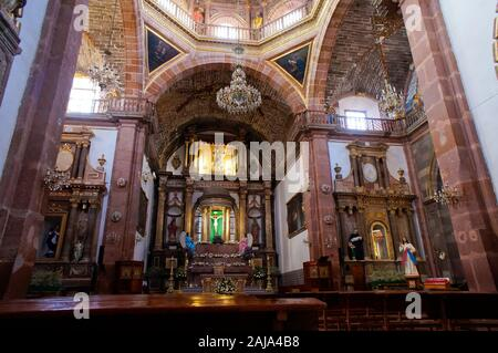 Boveda Catalan ceilings in the 'La Parroquia' church of St. Michael the Archangel, interior view, San Miguel de Allende, Guanajuato, Mexico. - Stock Photo