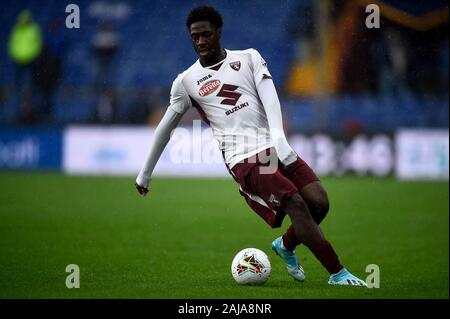 Genoa, Italy. 22 September, 2019: Ola Aina of Torino FC in action during the Serie A football match between UC Sampdoria and Torino FC. Credit: Nicolò Campo/Alamy Live News - Stock Photo