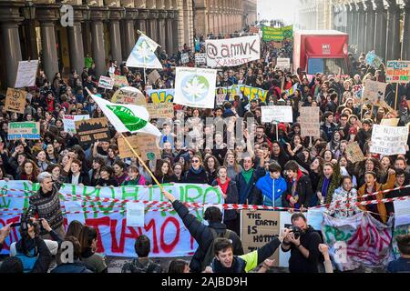 Turin, Italy - 29 November, 2019: General view during 'Fridays for future' demonstration, a worldwide climate strike against governmental inaction towards climate breakdown and environmental pollution. Credit: Nicolò Campo/Alamy Live News - Stock Photo