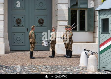 Changing the military guard in front of Sandor Palace Budapest - Stock Photo
