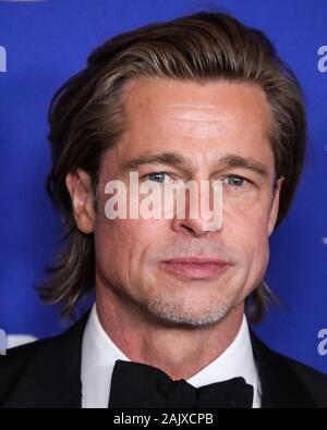 BEVERLY HILLS, LOS ANGELES, CALIFORNIA, USA - JANUARY 05: Actor Brad Pitt wearing a Brioni tux poses in the press room at the 77th Annual Golden Globe Awards held at The Beverly Hilton Hotel on January 5, 2020 in Beverly Hills, Los Angeles, California, United States. (Photo by Xavier Collin/Image Press Agency) - Stock Photo