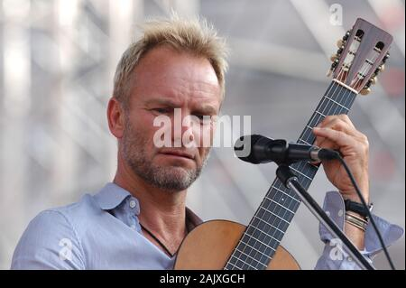Verona Italy 09/20/2003, Arena : Sting during the soundcheck before the concert of the musical event 'Festivalbar 2003'. - Stock Photo