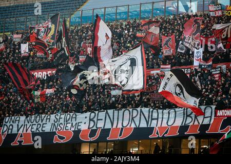 Milano, Italy. 06th Jan, 2020. fans milan during AC Milan vs Sampdoria, Italian Soccer Serie A Men Championship in Milano, Italy, January 06 2020 Credit: Independent Photo Agency/Alamy Live News - Stock Photo
