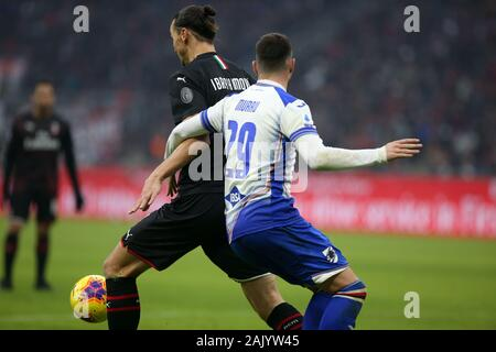 Milano, Italy. 06th Jan, 2020. zlatan ibrahimovic (milan) and nicola murru (sampdoria) during AC Milan vs Sampdoria, Italian Soccer Serie A Men Championship in Milano, Italy, January 06 2020 Credit: Independent Photo Agency/Alamy Live News - Stock Photo