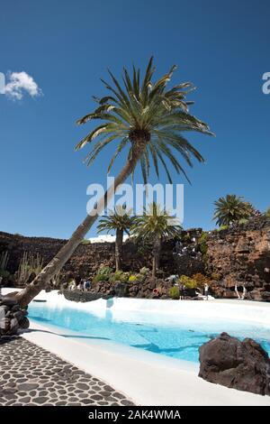 Lanzarote: 'Jameos del Agua', Vulkanhoehlen im Lavafeld des Volcan de la Corona gelegen, künstlerisch neu gestaltet von César Manrique, Gran Canaria | - Stock Photo