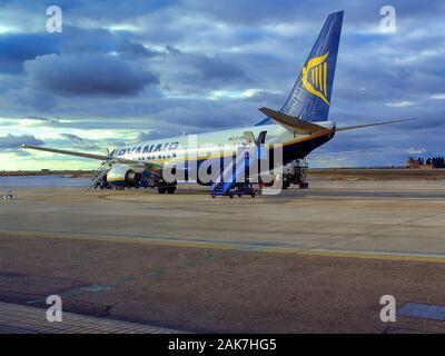 Ryanair, Boeing, B-737/800,EI-DHK,  Valladolid Airport, Villanubla, Province of Valladolid, Castile and León, Spain - Stock Photo