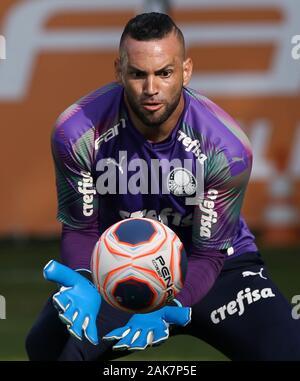 SÃO PAULO, SP - 07.01.2020: TREINO DO PALMEIRAS - SE Palmeiras goalkeeper Weverton during training at the Football Academy. (Photo: Cesar Greco/Fotoarena) - Stock Photo