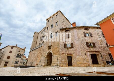 The Gothic-Renaissance facade of the Soardo – Bembo Castle in the historic old town in Bale, a small hill town on Mont Perin in Istria County, Croatia - Stock Photo