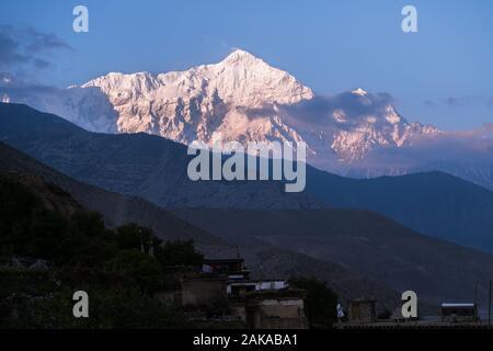 Nilgiri mount viewed from Kagbeni village, Mustang district, Nepal. - Stock Photo