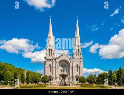 Canada, Quebec province, Capitale Nationale region, Beaupre CoaSaint Saint Anne de Beaupre, Sainte Anne de Beaupre basilica