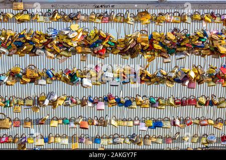 France, Paris, Leopold Sedar Senghor footbridge, padlock of love - Stock Photo