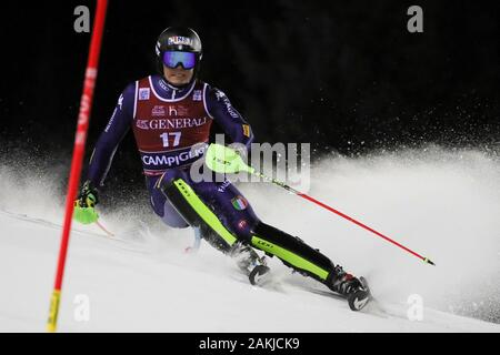 Madonna Di Campiglio, Italy. 8th Jan, 2020. vinatzer alex (ita)during FIS AUDI World Cup - Slalom Men, Ski in Madonna di Campiglio, Italy, January 08 2020 - LPS/Sergio Bisi Credit: Sergio Bisi/LPS/ZUMA Wire/Alamy Live News - Stock Photo