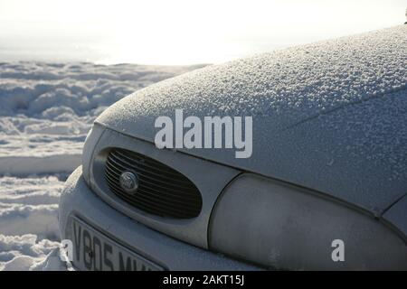 snow cold weather Hazard, icy road conditions - Stock Photo