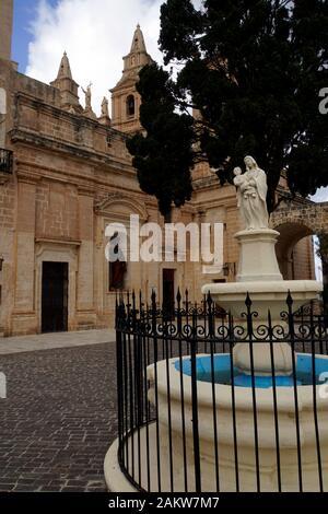 Platz vor dem Heiligtum Unserer lieben Frau, Mellieha, Malta - Stock Photo