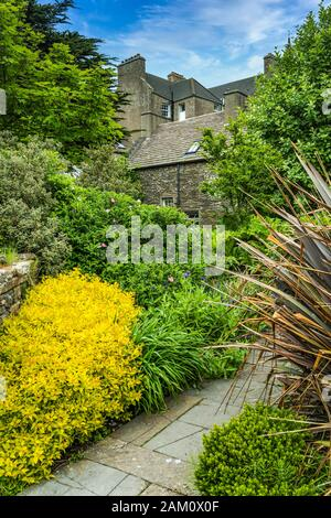 A small garden in Kikrkwall, Orkney, Scotland, United Kingdom, Europe. - Stock Photo