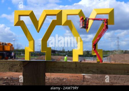A model of the Welcome To Yorkshire'Y' sculpture at the installation of the full size sculpture in Doncaster. - Stock Photo